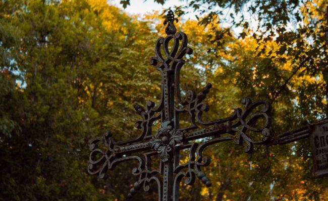 Lo que debes saber antes de elegir una sepultura
